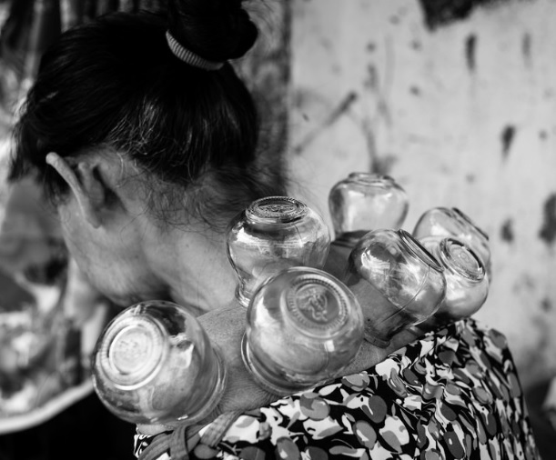 cupping.lady
